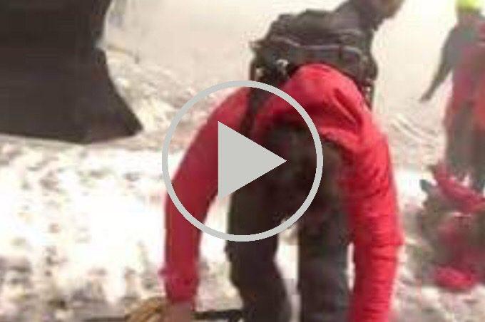 Etna, esplosione freatica al fronte lavico: dieci feriti (il video della BBC)