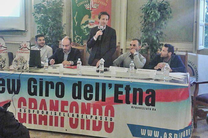 """Belpasso, presentato il quarto """"New Giro dell'Etna"""" di ciclismo"""
