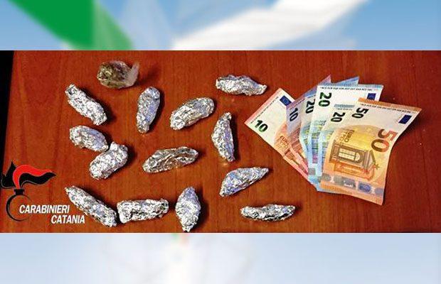 Catania, pistola e cocaina: in manette moglie di un boss dei Cappello-Carateddi