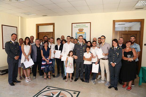 """Catania: la Guardia di Finanza premia 5 studenti etnei sul concorso """"Insieme per la legalità"""""""