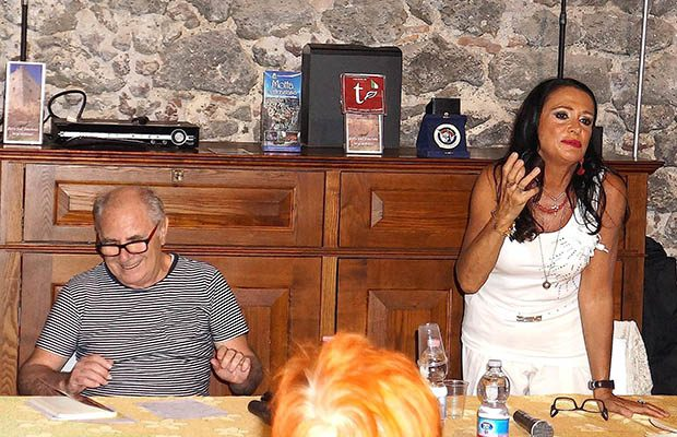 """""""Donna Giudizia – jelodicoaguia"""". Presentata a Motta Sant'Anastasia la prima opera letteraria di Guia Jelo"""