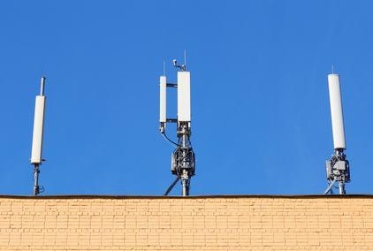 Santa Maria di Licodia, antenne telefoniche fuori dal centro abitato?