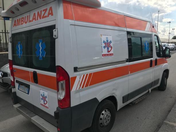 Santa Maria di Licodia. Incidente autonomo sulla strada Cavaliere Bosco