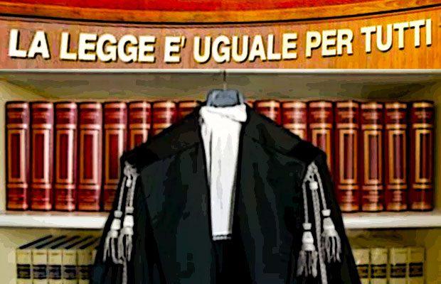 Truffa ai clienti: arrestato avvocato catanese