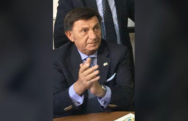 """Catania. Distratti 10 milioni, arrestato il """"Giano bifronte"""" Corrado Labisi"""