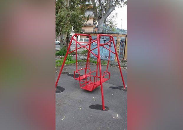 """Paternò, furto di giostrine al parco giochi """"Salinelle"""""""