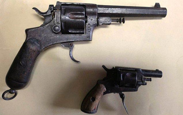 Santa Maria di Licodia. Armi in casa, arrestato 84enne
