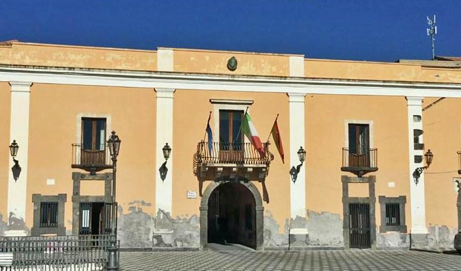 """Santa Maria di Licodia. In aula l'interpellanza sulla villa """"Belvedere"""""""