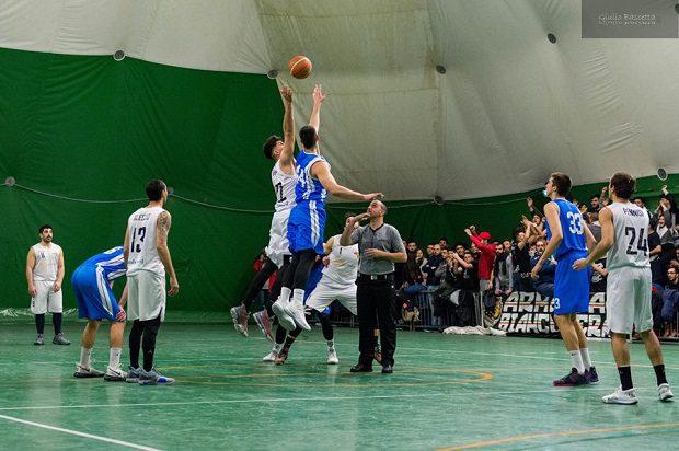 Sport. Domenica, sfida cruciale per l'Adrano Basket