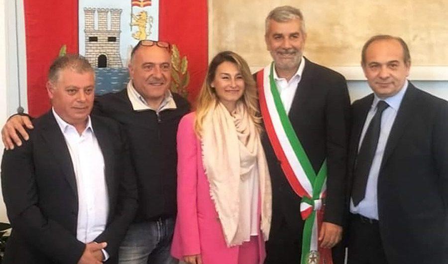 Acicastello. Il sindaco Scandurra assegna le deleghe agli assessori