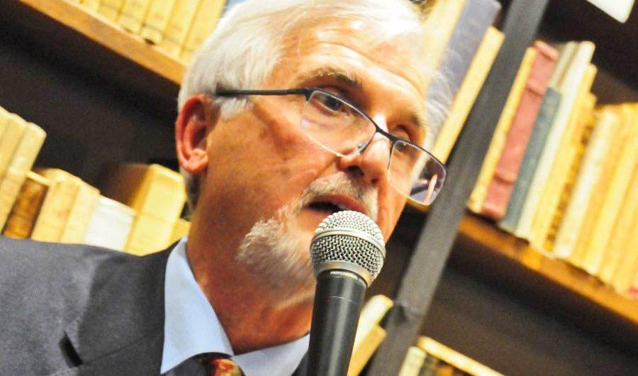 """Belpasso. """"Diversamente nonno"""" di Gaetano Perricone giovedì alla biblioteca comunale"""