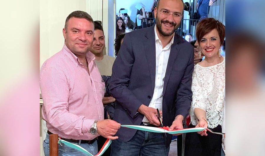 Biancavilla. Capolavoro del sindaco Bonanno: inaugura la mostra permanente di Coco, già inaugurata nel 2008