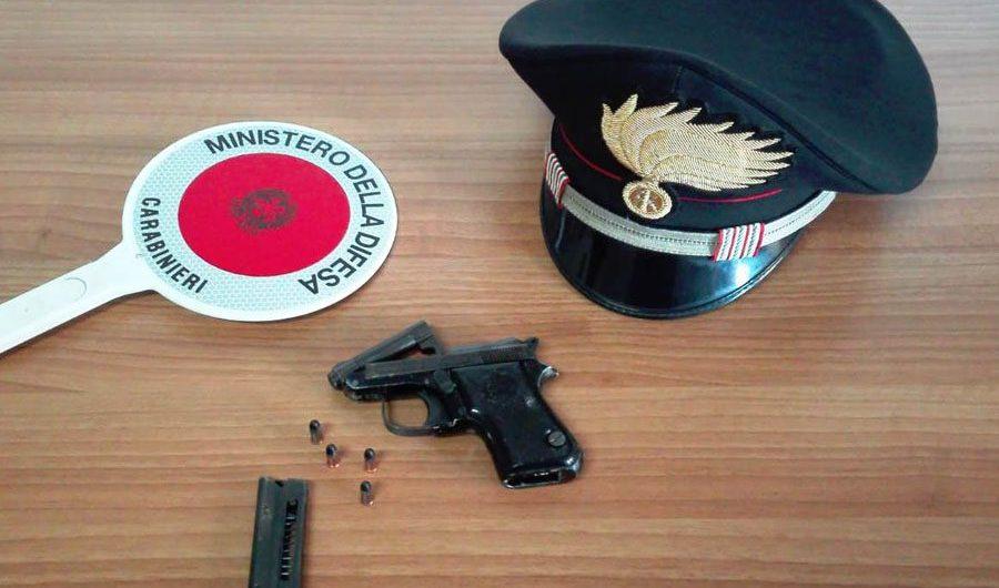 Paternò. Pistola e proiettili nell'officina, arrestato 45enne