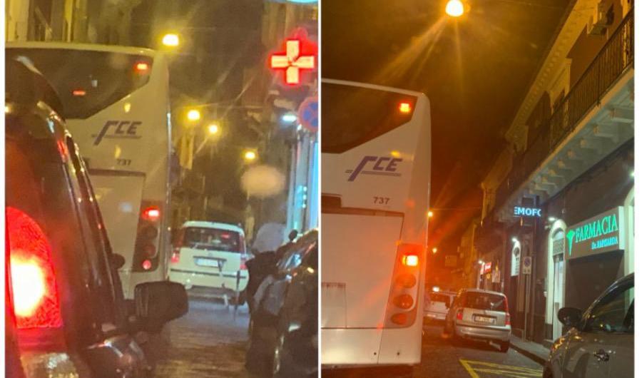 Santa Maria di Licodia. Disagi per il transito bus FCE su via Vittorio Emanuele