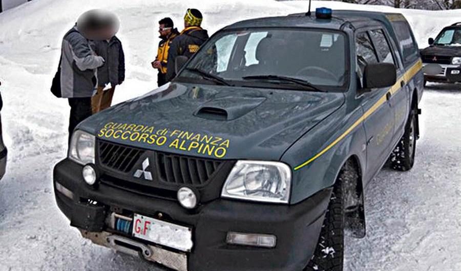 Etna, Soccorso alpino Gdf salva 3 escursionisti