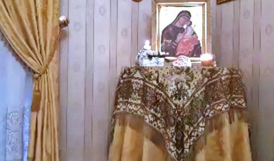 Biancavilla. Santo Rosario in famiglia per chiedere la protezione della Madonna dell'Elemosina