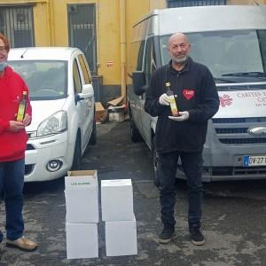 Covid-19. LILT Catania dona 60 litri d'olio d'oliva alla Caritas Diocesana