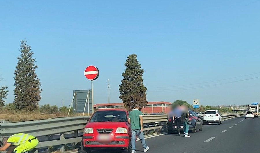 Belpasso. Incidente sulla Ss121 all'altezza di Etnapolis