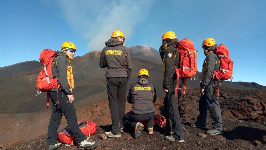 Etna. Giovane coppia salvata dalla Guardia di Finanza