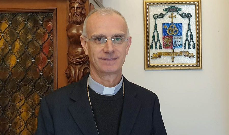 "Paternò. Domani a ""Sintonie simetine"" il vescovo Raspanti"