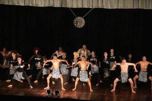 TDTS show dance end 2