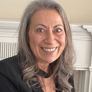 Gina Robinson headshot