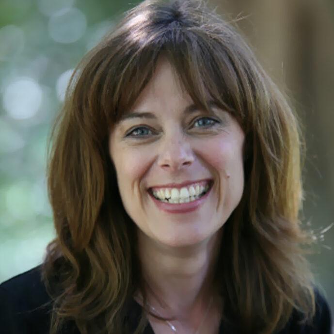 Dr. Elizabeth Richardson headshot