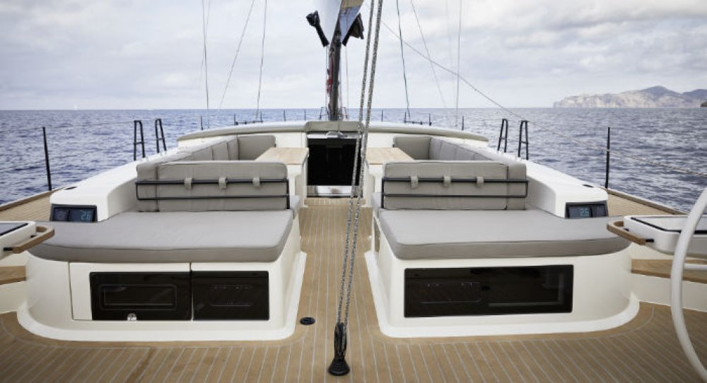 luxury carbon yacht y7 from y yachts