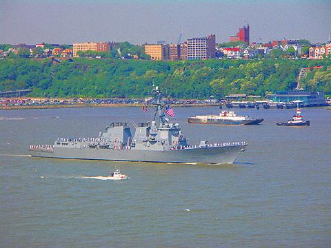 NY- Fleet Week 2007 on the Hudson River