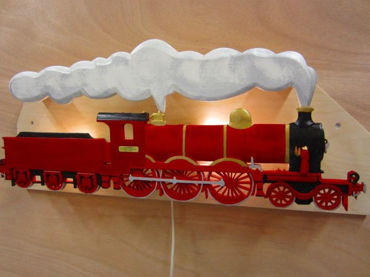 treinlamp afgewerkt in kleur