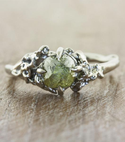 unique engagement rings rough green diamond organic devi f 28745157 bd67 41c6 b940 997f7dcfd81f   - مجلة ست الحسن