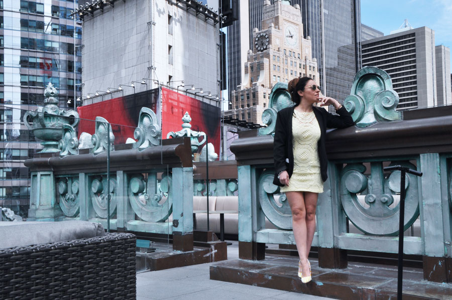 new-york-viaggio-consigli-posti-dove-andare-The-Knickerbocker-NY-hotel-luxury-viaggio-da-sogno-valentina-coco-fashion-blogger-travel-time-square-style