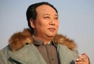"""Hong Xin (红心, un nombre muy apropiado, significa """"corazón rojo""""), comenzo a interpretarle en 2005 y fue el Mao Zedong de la reciente Tiananmen"""