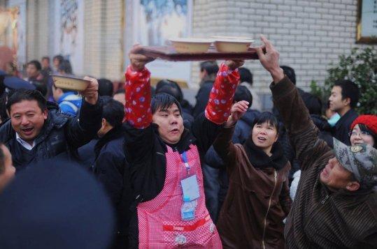 Según explica el portal Netease, comer este plato en el cumpleaños de Mao Zedong se ha convertido en Shaoshan en una costumbre muy arraigada.