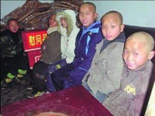 Los cinco niños fallecidos. Este tipo de imágenes han circulado extensamente por las redes sociales chinas, donde los internautas les han dado el pésame.