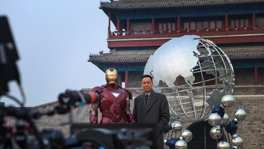 El actor chino Wang Xueqi, en un acto promocional de Iron Man 3.