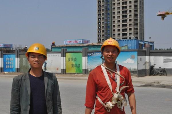 El sector de la construcción está sobre todo copado por personas con pocos recursos llegadas del campo. [FOTO: Daniel Méndez]