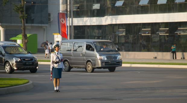 El tráfico ha aumentado considerablemente en las calles de Pyongyang (FOTO: Daniel Méndez)