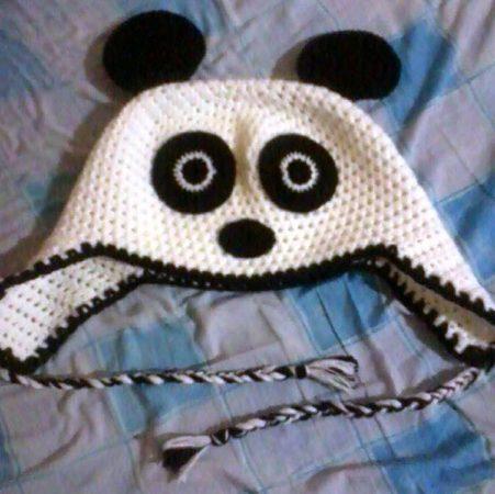 character hat - panda