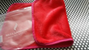Makeup Remover Cloth _ Zainey Laney