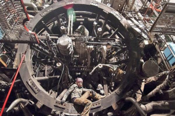 مختبر-الصواريخ-الروسي،-ثقف-نفسك-1