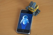 walle-iphone-eve