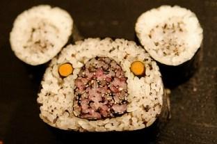 2010-03-25_panda sushi201553