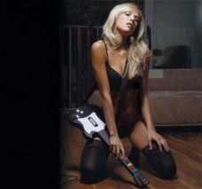 sexy_gamer_girl knee
