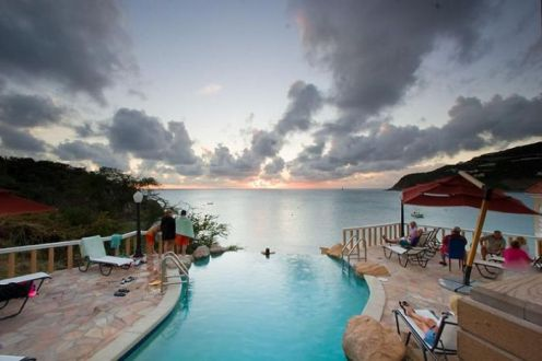 beautiful_infinity_pools_12