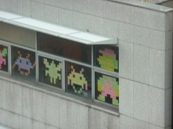 post it space invader mario