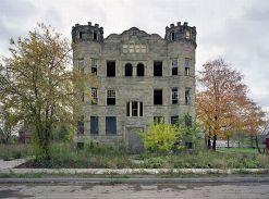 25 maison abandonnee