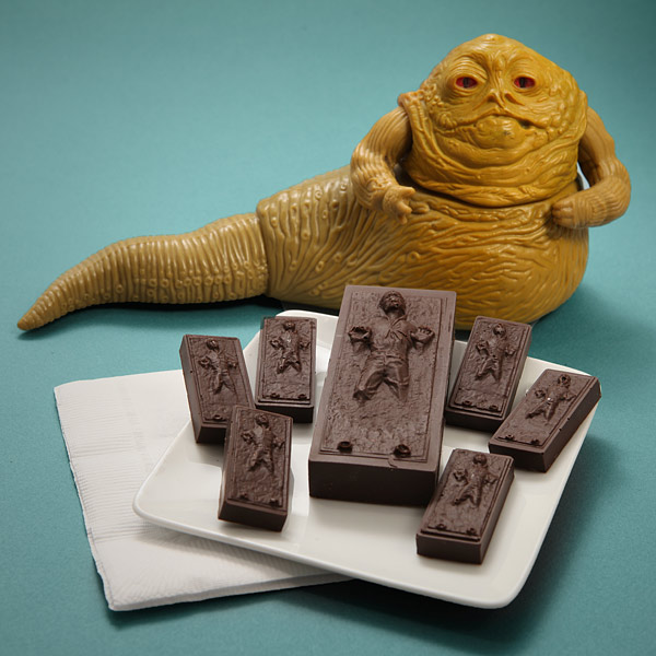 ian_solo_ice_cube_tray_glass_jabba