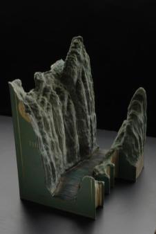 12 livre sculpture Guy Laramee