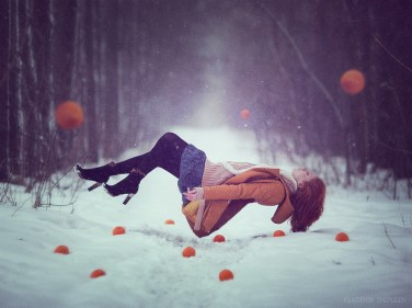 fille levitation